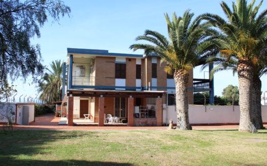 Vuoi vendere-Villa Indipendente-vista mare-Sardegna-agenzia immobiliare-qualificata-cosmopolitan centro servizi immobiliari