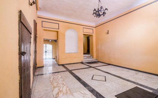 Ampio Appartamento in Palazzo Storico - Castello